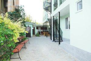 Мини-гостиница в центре Крым, г.Феодосия, ул. Нахимова