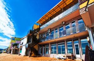 Эллинг Отель на берегу моря с номерами люкс и личным пляжем