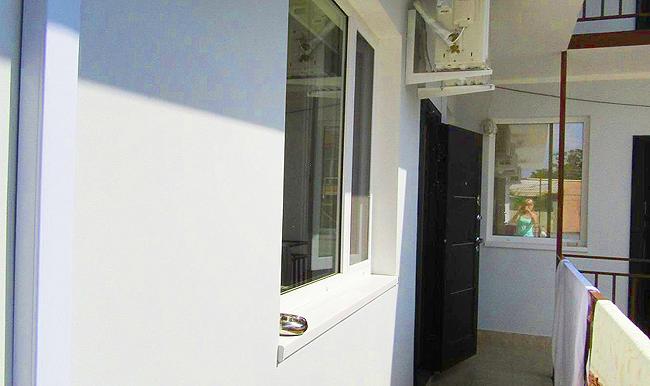 Гостиница в Феодосии рядом с морем в центре города. (20)
