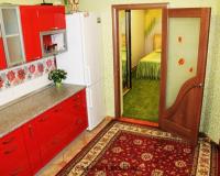 Двухкомнатный дом люкс в центре города Феодосия на лето (5)