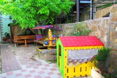 🌇№06. Гостевой дом в Феодосии с детским бассейном номер на 4 человека. (16)