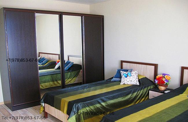 Квартира в Феодосия Мансарда с видом на море и личным пляжем 4 этаж на 5 человек. Фото 1