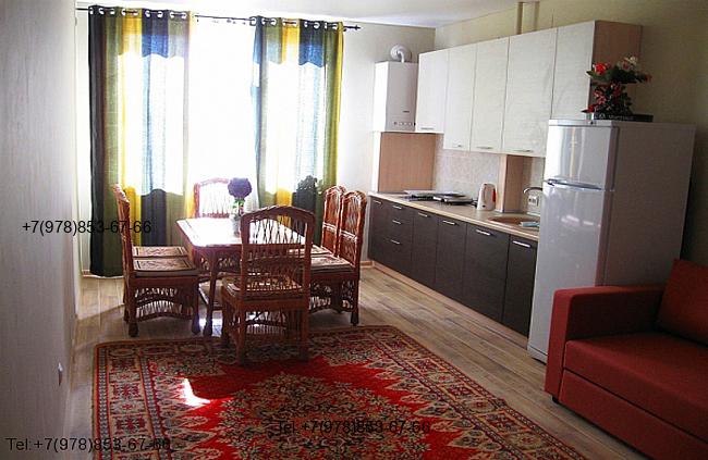 Квартира в Феодосия Мансарда с видом на море и личным пляжем 4 этаж на 5 человек. Фото (2)