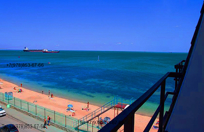 Квартира в Феодосия Мансарда с видом на море и личным пляжем 4 этаж на 5 человек. Фото (3)